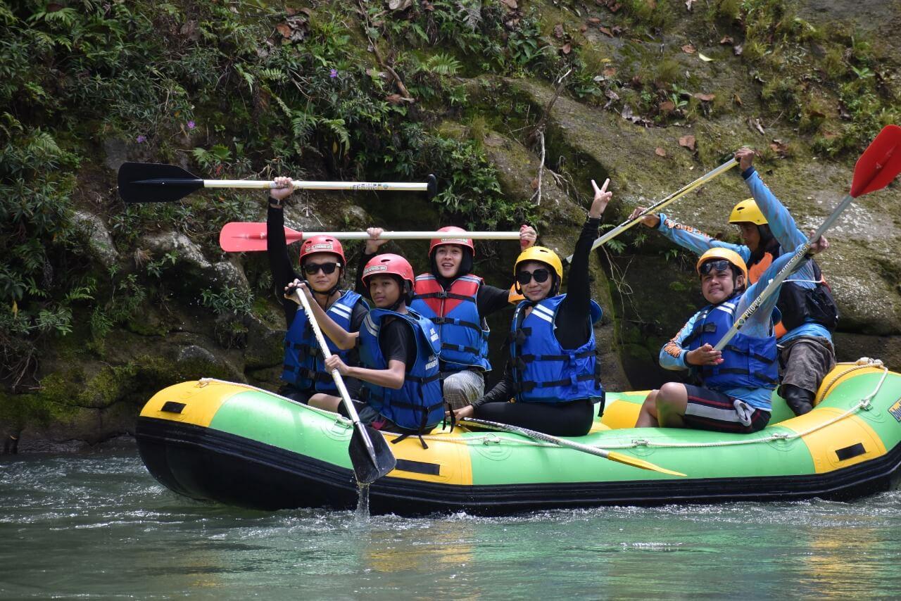 Dokumentasi Rafting di Medan (5)