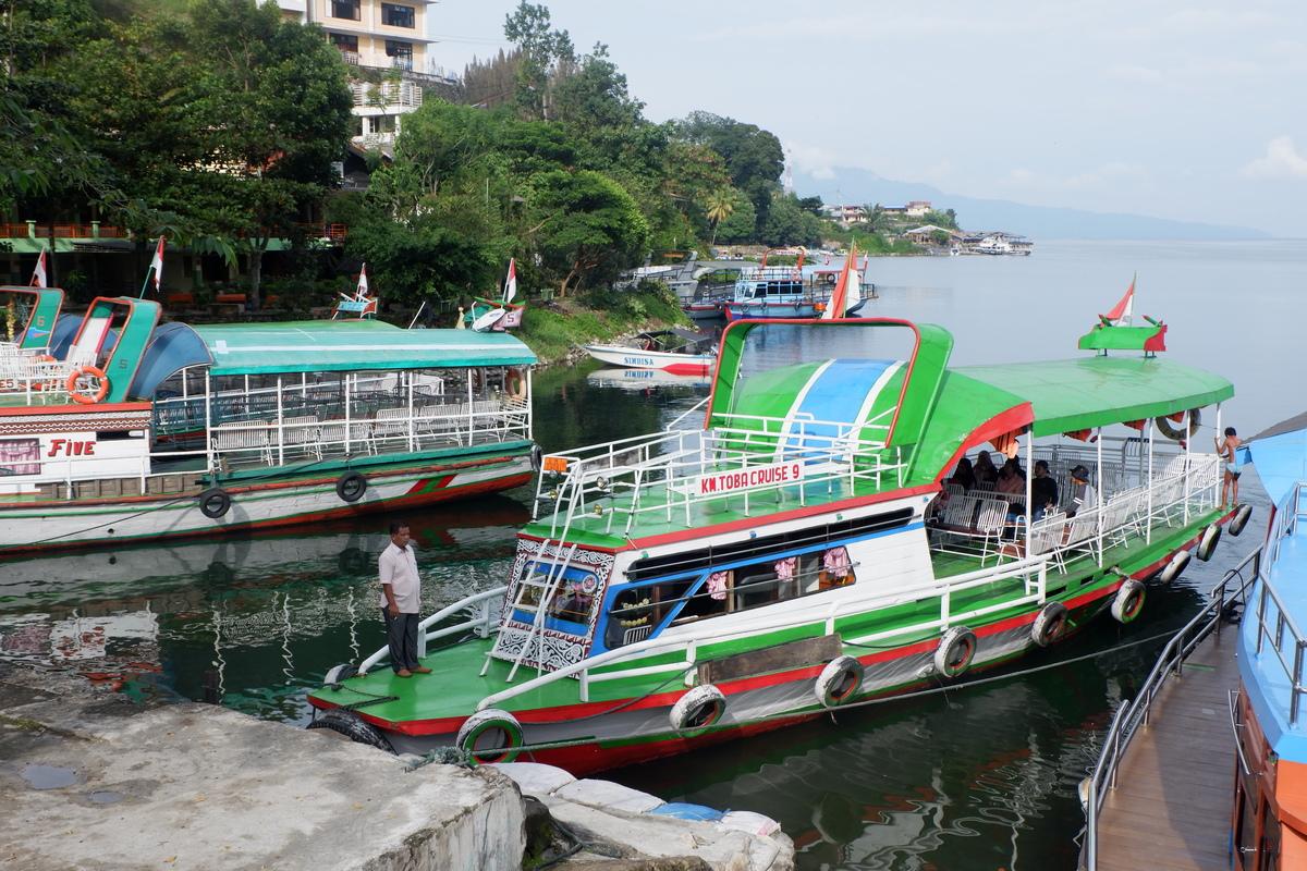 Wisata Danau Toba   sejarah danau toba