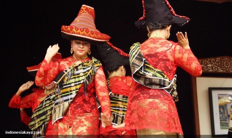 Karo | Tarian Tradisional Sumatera Utara