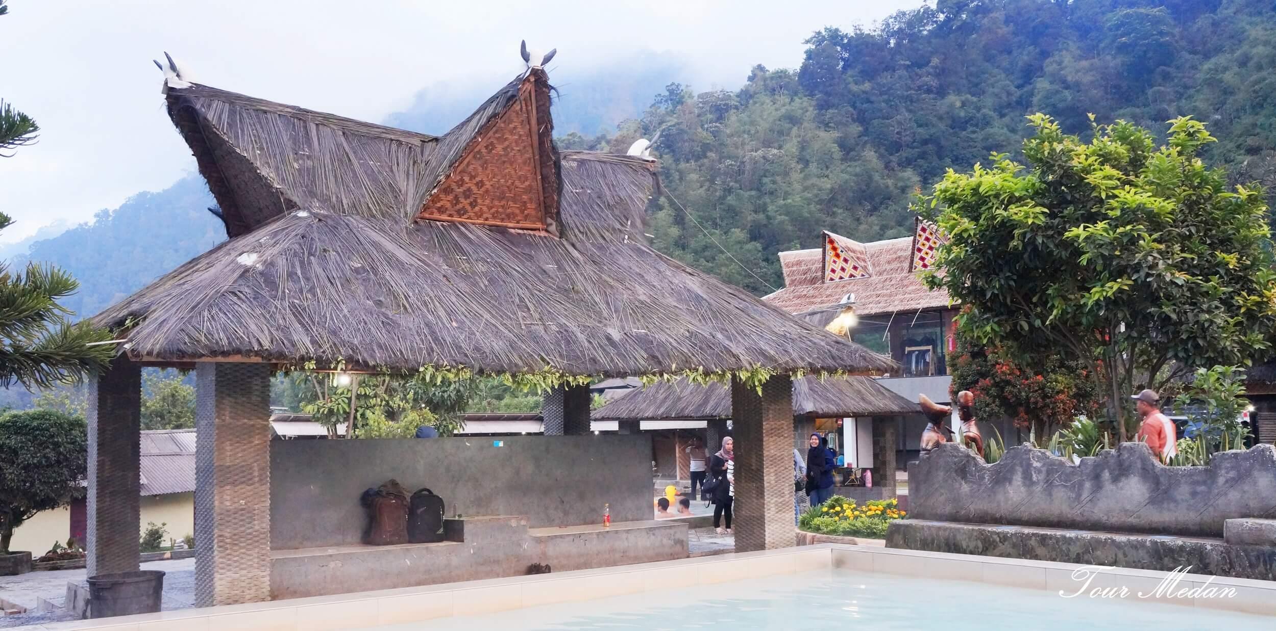 Asal Usul Orang Batak   Arsitektur Batak Karo