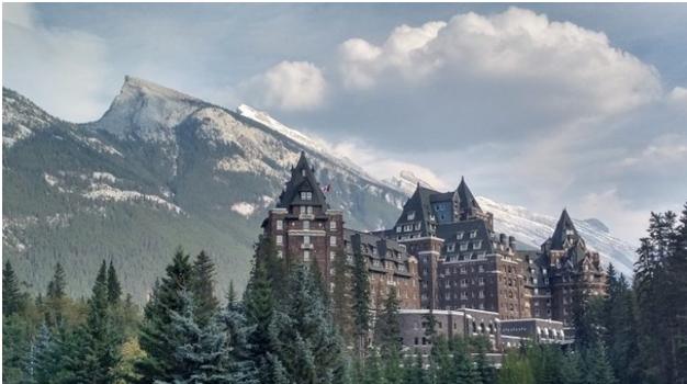 Bangunan Bersejarah Banff Springs Hotel