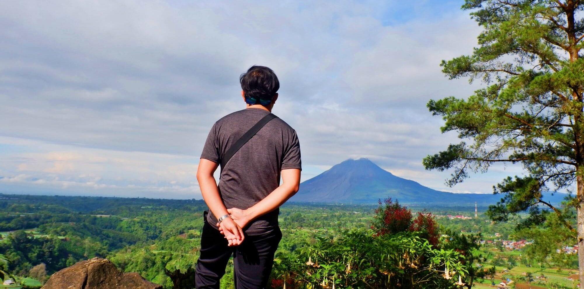 Hotel Murah di Berastagi : View Gunung Sinabung