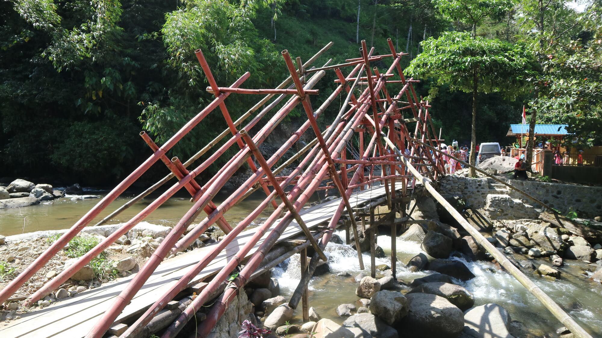 Jembatan Unik Lau Kulap Langkat