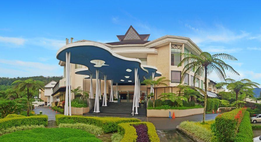 Hotel Murah di Berastagi : Micky Holiday